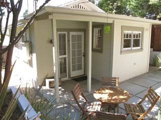 Adorable Cottage In Silver Lake - Los Angeles vacation rentals