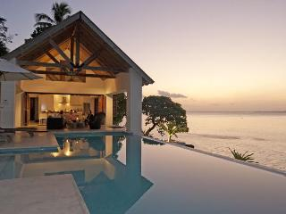 Villa 25, 3  Luxury waterfront 2 bedroom Villas, Port Vila