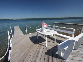 Paradise on the Bay cottage (#624), Wiarton