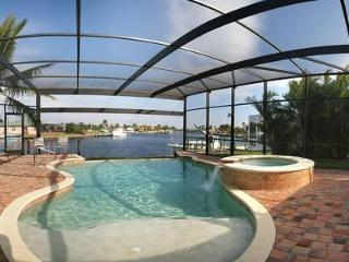 Best view in Cape Coral - sailboat access to Gulf