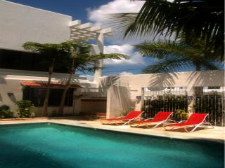 Gorgeous villas one block from the ocean - Cozumel vacation rentals