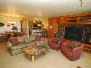 Charming 2 Bedroom & 2 Bathroom Condo in Keystone (Pines 2143) - Keystone vacation rentals