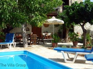 Perfect House with 5 BR/2 BA in Kallepia (Villa 30433)
