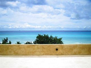 Upscale Beach Villa 5 Bedrooms with  Pool - Playa del Carmen vacation rentals