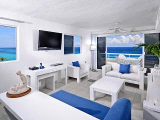 Newly remodeled! The best oceanfront view in the building!  Miramar 401, Cozumel