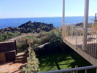 Casa Pozzillo:  two nice rooms for touch the sea, Acireale