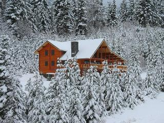 Million Dollar Views on 6+ Private Acres! 3 for 2 Fall Special!, Cle Elum
