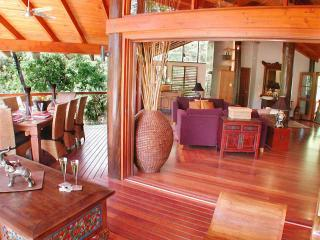 Wanggulay- Balinese Luxury Cairns City - Cairns vacation rentals
