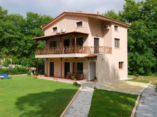 3 bedroom Luxury Villa Jasmin.Ideal  for families, Skiathos