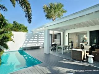 'ISLAND RENDEZVOUS' Gorgeous Old Town Home w/ Private Pool, Key West
