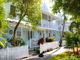 'LAZY LANE' - WEEKLY OR MONTHLY(Truman Annex) - Color and Style Front to Back, Key West