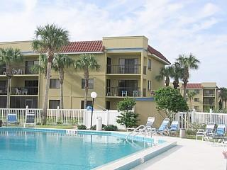 Oceanside Condo - Low fall rates, Saint Augustine Beach