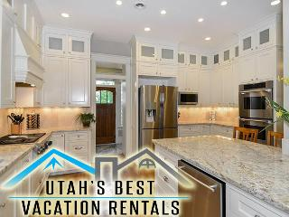 10+ Dwntwn Mansion! 4 Levels+Slp 20+Gm Rm+2 Decks, Salt Lake City