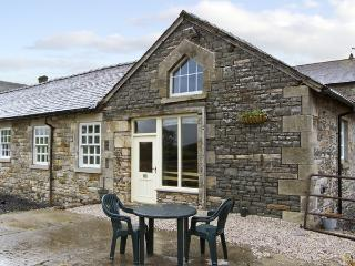 TETHERA COTTAGE, pet friendly, character holiday cottage, with a garden in Lupton, Ref 4247