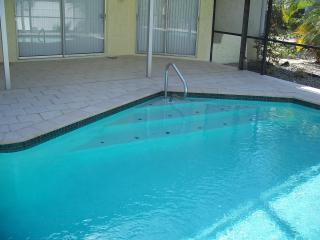 Dolphin House - Pool home on the gulf of Mexico, Bonita Springs