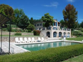 Heavenly house in Luberon, Provence, France. Pool, tennis., Saint-Martin-de-Castillon