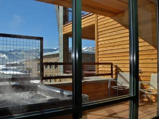 Hot tub - balcony