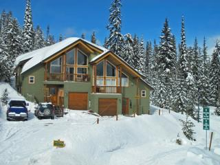 Pine Place Chalet PINEPLAC, Big White