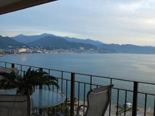 Incredible City & Ocean Views Beachfront 2 Bedroom, Puerto Vallarta