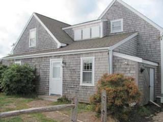 Amazing House with 4 BR-3 BA in Nantucket (9845)