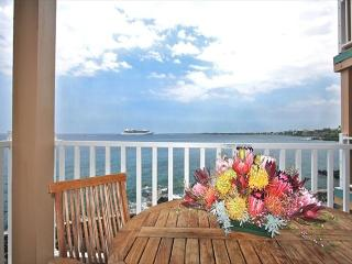 SV4205 $119.00 special May-July! 2 BEDROOM DIRECT OCEANFRONT!!!, Kailua-Kona
