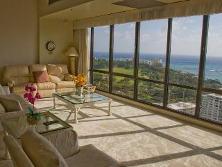 Waikiki Sunset 2 Bed Penthouse Suite 3806, Honolulu