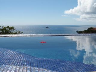 Modern and colorful villa with a spectacular view WV VLC, Lurin