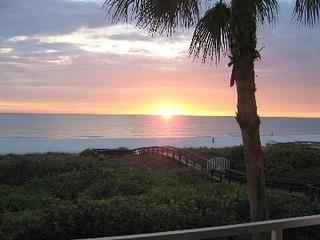 Special Sept-Oct $950 wkly 3/3 Beachfront End Unit - South Padre Island vacation rentals