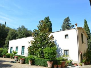 Luciano Cottage, Signa