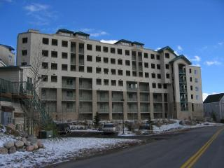 Up to 30% off  Lakepoint Towers on Lake Dillon, Frisco