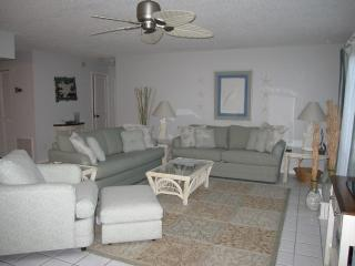 Relax In Tropical Paradise, Most Natural Beach, Sanibel Island