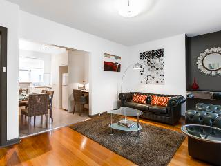 StayCentral quiet nr trams shops restaurants cafes - Victoria vacation rentals