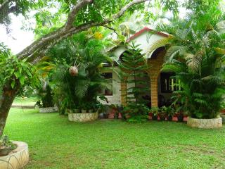 Charming Holiday House / B&B  near Ahangama Beach - Ahangama vacation rentals