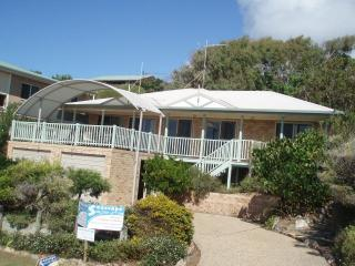 Seascape Holiday House 1770 - Seventeen Seventy vacation rentals