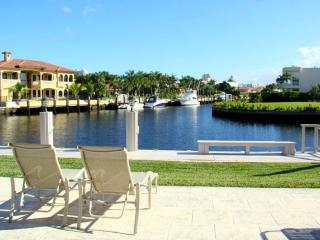 Miami Beach 4 bed 3 baths, Waterfront, Pool M