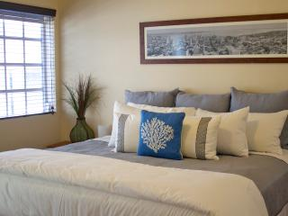 Daily housekeeping-One bedroom PARKING INCLUDED, Miami Beach