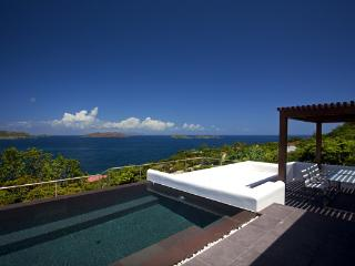 Splendid views over the surrounding islands, ocean, and sunset WV KHA, San Bartolomé