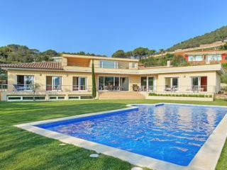 LUXURY Villa Sea Views BEGUR 5 ensuite bedrooms, Begur