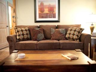 Living room brand new sleeper sofa! Red Pine at the Canyons