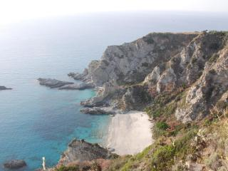CLIFF HOUSE -   Eagle's Nest on the Mediterranean, Capo Vaticano