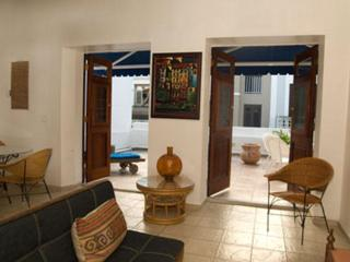 1 Bedroom Colonial Apartment with Large Terrace, San Juan