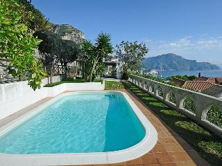 Villa Sofia - with wonderfull seaview, garden+pool, Conca dei Marini