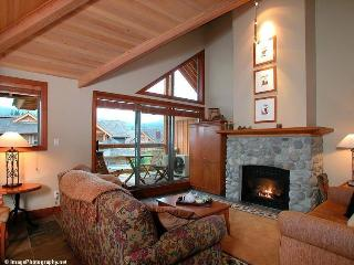 Whistler Ideal Accommodations: Montebello Chalet - 4 bedrooms