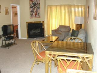Promenade Condominium, 15 mins. from New Orleans - Louisiana vacation rentals