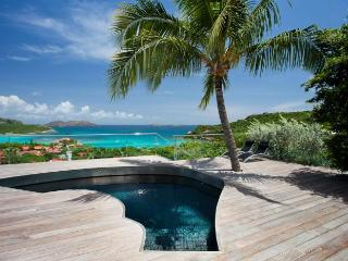 Luxury 4 bedroom Saint Jean villa. Perfect for couples searching for a private villa!, St. Jean