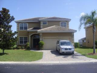 DizneyVista Villa - 5 Bed home with pool spa & bbq, Davenport