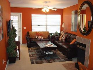 1 Bedroom/Den Newly Furnished - Tucson vacation rentals