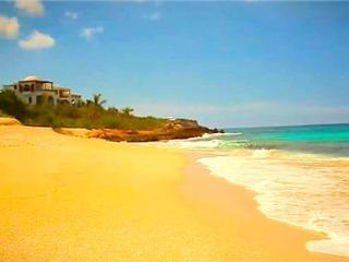 Black Pearl - Anguilla, Shoal Bay Village