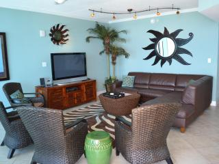 Living area has plenty of seating, all with a gorgeous Gulf View!
