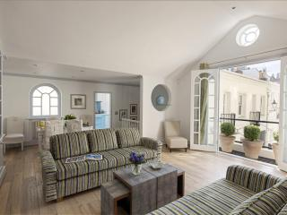 South Kensington Charming Two Bedroom Mews House - London vacation rentals